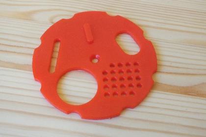 kruhovy-cesnovy-uzaver-cerveny-80-mm_25_141.jpg