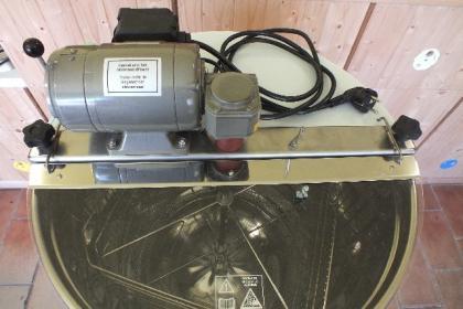 medomet-logar-4104-4-ramkovy-elektricky_605_541.jpg